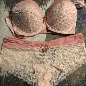 AdoreMe Brand Pink Bra & Panty Set, NEW WITH TAGS.